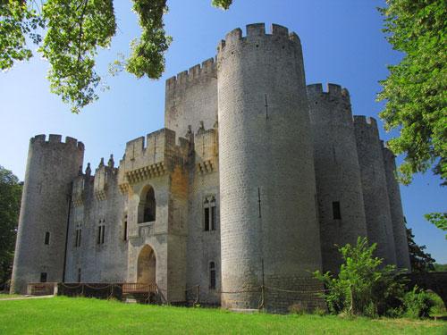 Visitez le Château de Roquetaillade