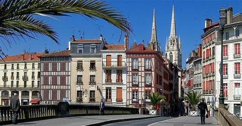 Promenade au centre-ville de Bayonne