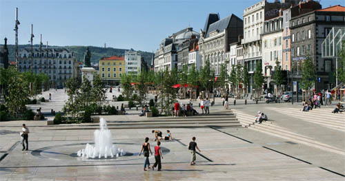 Journ�e shopping au centre-ville de Clermont-Ferrand