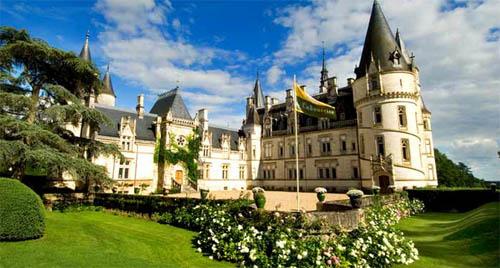 Découvrez les charmes du château de Ladoucette