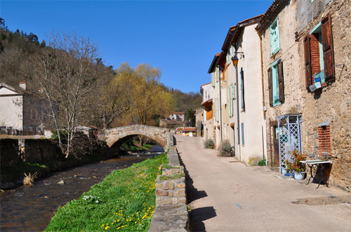 Visite de Blesle, un des plus beaux villages de France