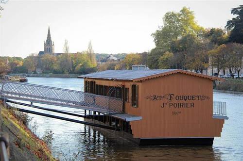 Visitez le bateau-lavoir Saint-Julien