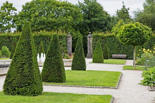 Balade dans le Jardin de l'Évêché