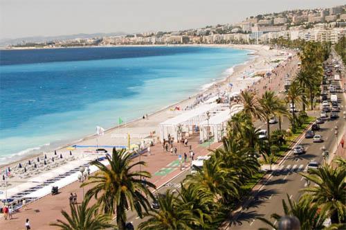 Détente le long de la Promenade des Anglais